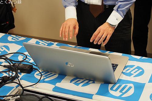 パソコンフェア モーションセンサー内蔵17.3型ノートPC HP ENVY17-j100 Leap Motion SE