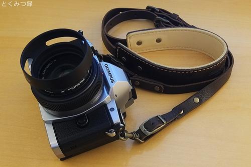 OM-D E-M5 ROBERUオイルレザーカメラストラップ
